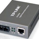 MC200CM – TP-Link MC200CM Gigabit Multi-Mode Media Converter Extends fiber distance up to 0.55km Complies with IEEE 802.3ab and IEEE 802.3z