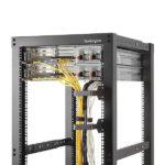 StarTech.com Multi-Directional Vertical Server Rack Cable Management D-Ring Hook 2.4×3.9in (6x10cm)